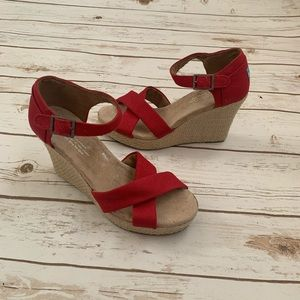 Toms Red canvas wedges 6.5